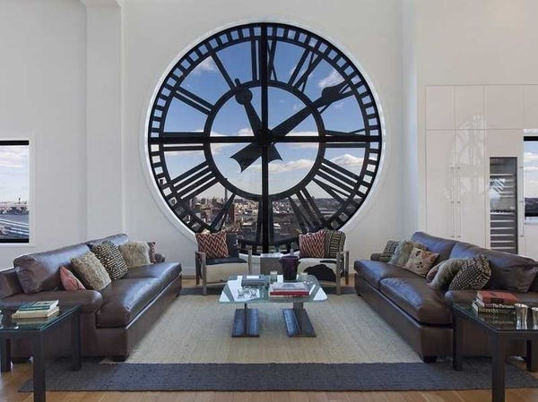 Clock Tower Penthouse in DUMBO, Brooklyn. Different Time at Home Project